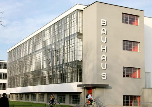 Bauhaus turns 90 designapplause for Staatliches bauhaus