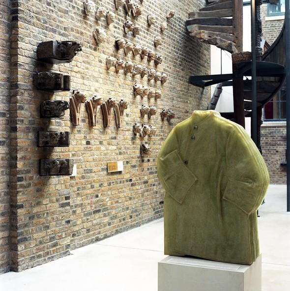 ldf15-Toogood_Cloakroom_Sculptor_03