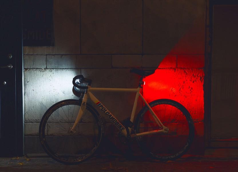 curve. urban bike light from bookman.